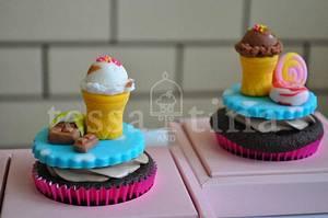 Ice Cream Cupcakes - Cake by tessatinacakes