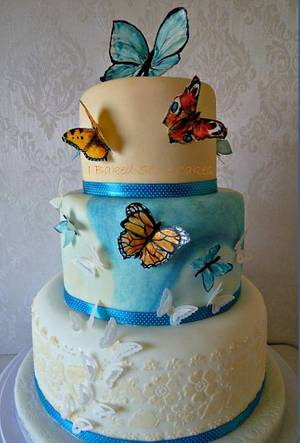 Butterflies - Cake by Julie, I Baked Some Cakes