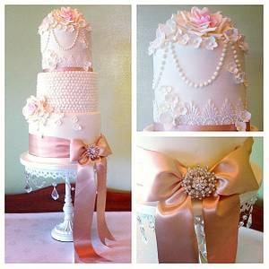 Vintage Wedding cake.  I lurve Vintage! - Cake by Heavenly Angel Cakes