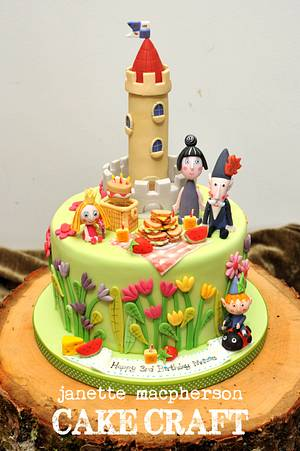 Ben and Holly - Cake by Janette MacPherson Cake Craft