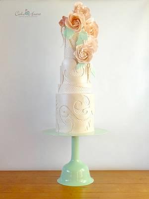 Viktor&Rolf Collaboration - Cake by Cake Heart
