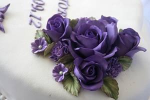 Purple roses - Cake by Trine Skaar