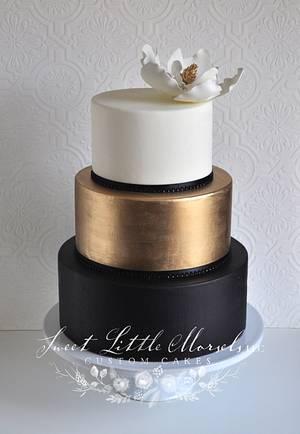 Simple Color Block Wedding Cake - Cake by Stephanie