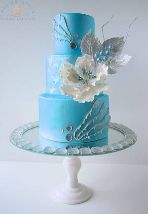 A Blue Winter - Cake by Cake Creations by ME - Mayra Estrada