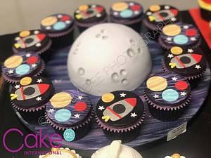 Galaxy Space Cupcakes - Cake International  - Cake by JojosCupcakeMadness