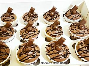 Chocolate cupcakes  - Cake by Shorna's Cake Corner