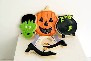 Halloween Cookies - Cake by Prima Cakes and Cookies - Jennifer