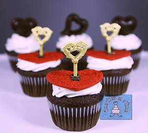 Key To My Heart - Cake by Onetier