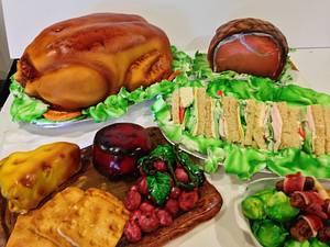 Christmas dinner - Cake by Steph
