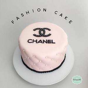 Torta Chanel Medellín - Cake by Dulcepastel.com