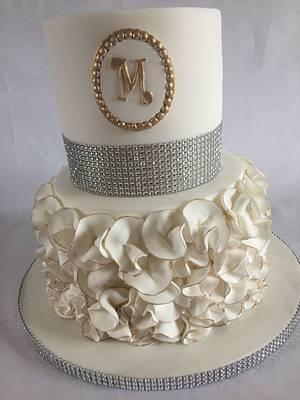 White ruffle - Cake by jen lofthouse