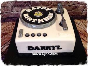 Record deck - Cake by Nanna Lyn Cakes