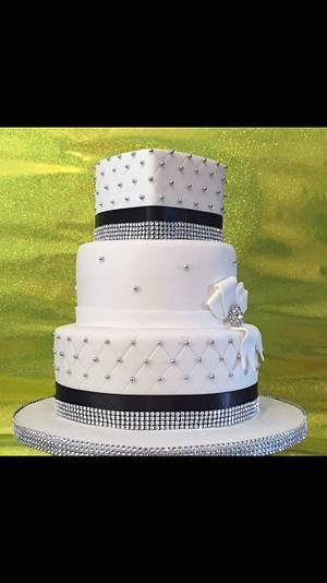 My 1st wedding cake! - Cake by Hannah Thomas