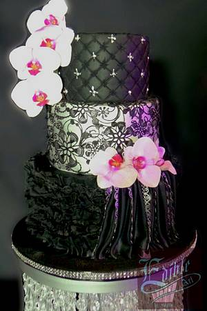 Black Beauty  - Cake by sophia haniff