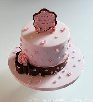 Pink daisy cake for Helen - Cake by Strawberry Lane Cake Company