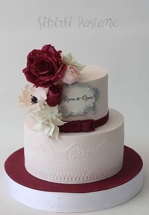 Burgundy Rose Cake - Cake by Sihirli Pastane