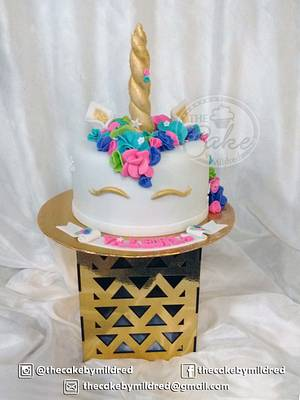 Unicorn - Cake by TheCake by Mildred