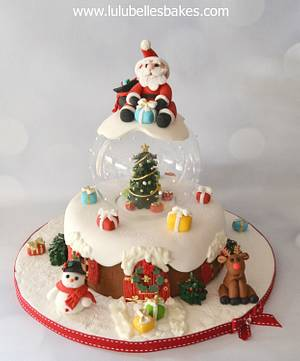 Snow Globe Christmas Cake - Cake by Lulubelle's Bakes