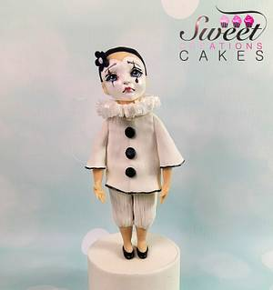 Carnival Cakers Collaboration : little Pierrot - Cake by Sweet Creations Cakes