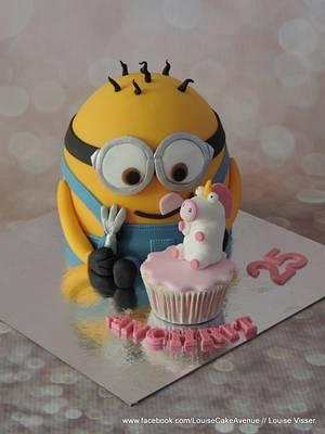 minion cake with fluffy unicorn - Cake by Louise
