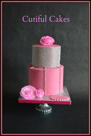 Pink and silver cake - Cake by Sylvia Elba sugARTIST