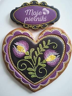 Embroidered, folk heart - Cake by Ewa Kiszowara