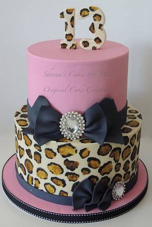 Leopard print bling - Cake by Shereen