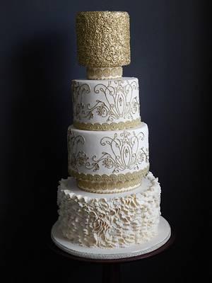 Golden Girl - Cake by sasha