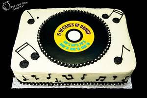 Record Cake - Cake by Jenn