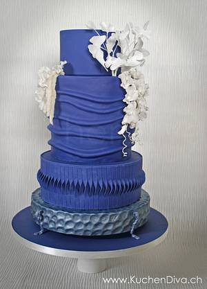 Blue Wedding - Silver Award - Cake by KuchenDiva