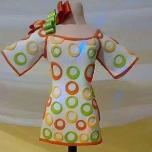 Dress cake '70  - Cake by Analía Martínez