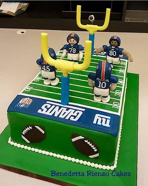 NY Giants Football Field Cake. Go Big Blue! - Cake by Benni Rienzo Radic