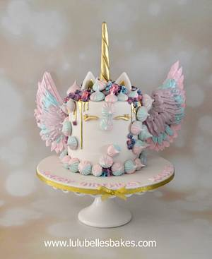 I BELIEVE I CAN FLY! - Cake by Lulubelle's Bakes