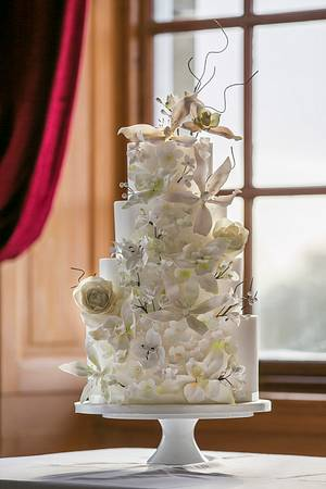 White on white wedding with twigs and orchids - Cake by Happyhills Cakes