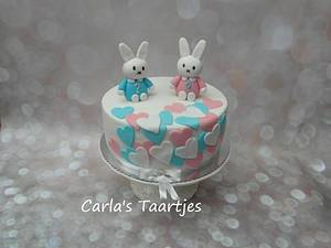 Gender Reveal Cake  - Cake by Carla