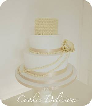 {Grace} My 1st Wedding Cake - Cake by Cookie Delicious