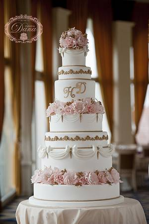 Elegant wedding cake - Cake by Cofetaria Dana