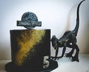 Indoraptor Jurassic world Fallen kingdom  - Cake by Jenn Szebeledy  ( Cakeartbyjenn_ )