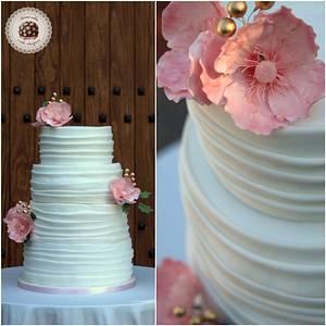 Lovely Anemone Wedding cake - Cake by Mericakes