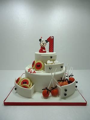 Minnie in red - Cake by Diletta Contaldo