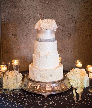 White and Silver Wedding Cake - Cake by Thulashitha RD