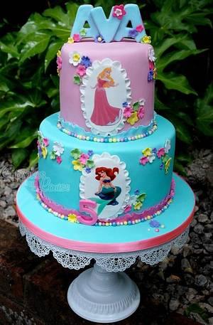 Disney Princess' cake - Cake by CupcakesbyLouise