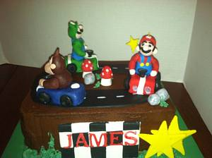 Super Mario and Friends - Cake by Maureen
