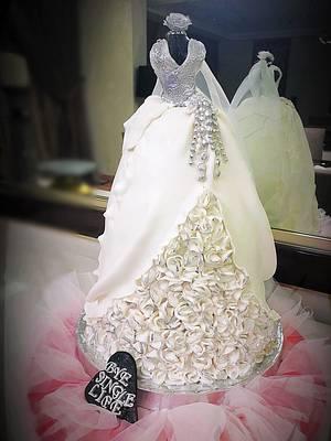 Wedding dress cake 👰🏼 - Cake by Shereen Adel