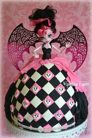 Miss Draculaura - Cake by Vanilla Lane