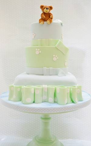 A Ted for Ted's Christening - Cake by Roo's Little Cake Parlour