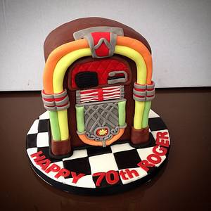 Juke Box Cake - Cake by Caron Eveleigh