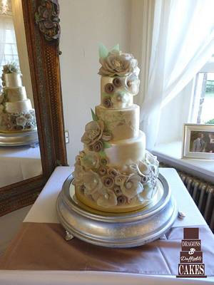 Wafer paper wedding  - Cake by Dragons and Daffodils Cakes