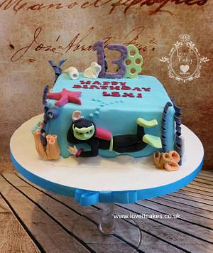 Scuba diver cake - Cake by Love it cakes