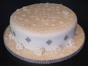 Diamond anniversary - Cake by Shoreline Sugar Design by Sarah
